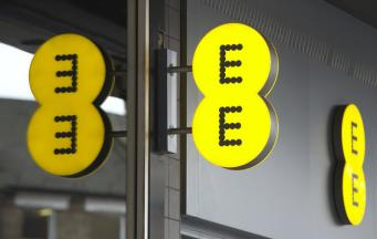 Оператор связи EE отключился по всей Великобритании