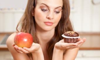 Фастфуд сбивает с толку пищевые инстинкты человека, - британские ученые