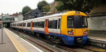 Надземка London Overground будет включена в ночную схему метро
