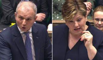 Консерваторы отказались рассматривать вопрос о понижении возрастного ценза на выборах