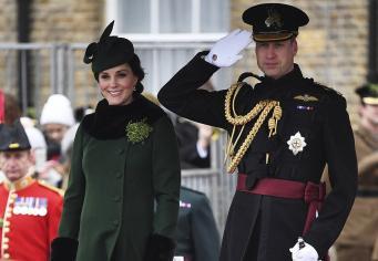 Принц Уильям и Кейт поздравили ирландских гвардейцев с Днем Святого Патрика