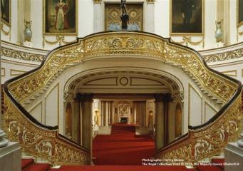 Букингемский дворец открылся для туристов
