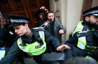 Антифашисты и ультраправые схлестнулись протестными маршами в Лондоне фото:belfasttelegraph