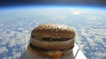 «Космический бургер» приземлился на стадион футбольного клуба Colchester United