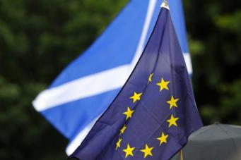 Референдум  о независимости Шотландии: Приметы неизбежности фото:metro.co.uk