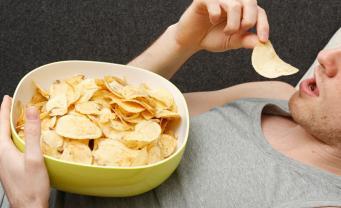 В Британии назвали самые канцерогенные чипсы