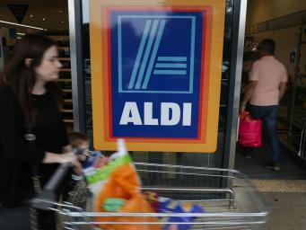 Aldi в Великобритании в сочельник раздаст продукты благотворительным фондам