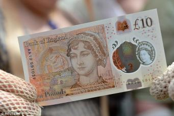 Новая пластиковая банкнота  появится в британских кассах на этой неделе