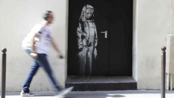 Граффити Бэнкси украдено с парижской улицы