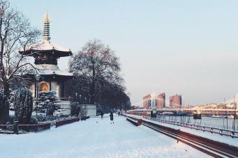 Где в Лондоне покататься на санках и лыжах