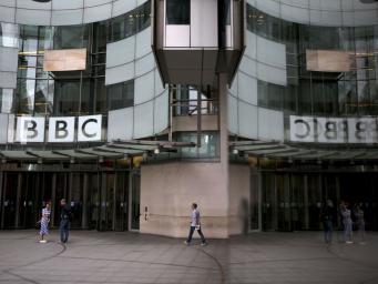 Вещание Би-Би-Си в России может быть запрещено из-за санкций против RT