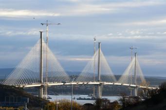 Королева Елизавета II откроет новый мост в Шотландии