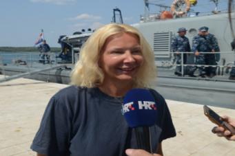 Британскую туристку спасли после 10 часов пребывания в море
