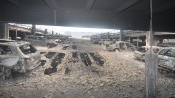 Журналистов допустили на сгоревшую автомобильную парковку в Ливерпуле