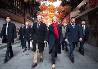 Китайские СМИ заочно поблагодарили Терезу Мэй за дипломатичность и благоразумие