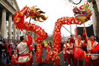 Лондон отметил Китайский Новый год грандиозным уличным шествием фото:metro.co.uk