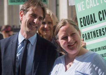 Британский суд высшей инстанции одобрил гражданское партнерство гетеросексуальных пар