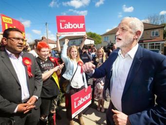 Джереми Корбин пообещал работающим британцам четыре дополнительных выходных дня фото:independent