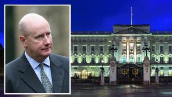 В Букингемский дворец экстренно созваны служащие всех королевских резиденций