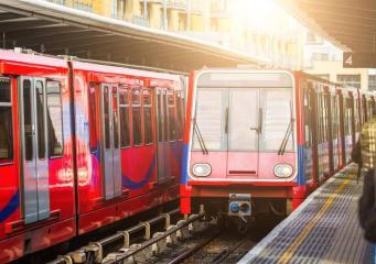 TfL готовится к забастовке работников Доклендского легкого метро