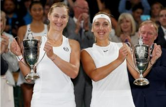 Российские теннисистки выиграли парный финал Уимблдона фото:reuters