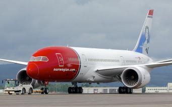Отказала два раза: авиакомпания Norwegian не хочет в IAG