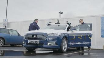 Великобритания протестирует беспилотные автомобили без операторов-дублеров