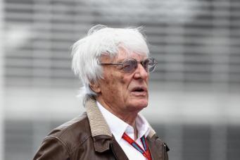 Берни Экклстоун ушел в отставку с поста президента Formula1 фото:standard.co.uk