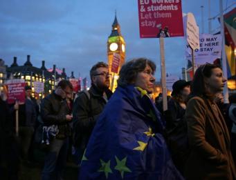МВД Великобритании будет взимать деньги с европейцев за право остаться в стране после Брекзита