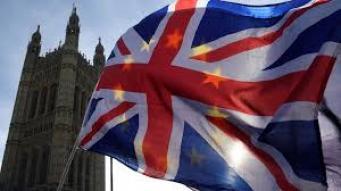 Великобританию обяжут выплатить отступные за Брекзит до начала торговых переговоров