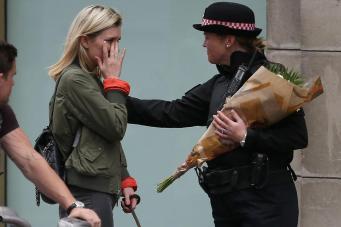 В Лондоне пройдет гражданская панихида по погибшим в теракте фото: