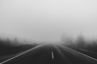 Юг Англии накрыло густым ледяным туманом фото:pirate.fm