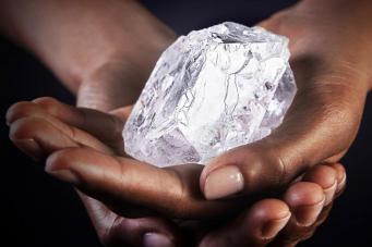 Лондонская фирма купила второй по величине в мире алмаз фото:standard.co.uk
