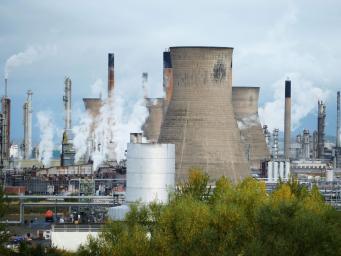 Утечка газа в Фолкерке: жителей попросили не покидать квартиры фото:independent
