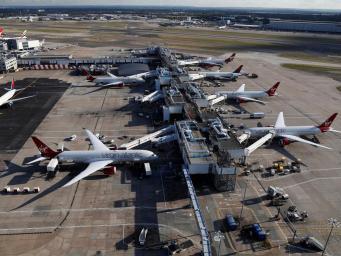 Работа Терминала 3 в Хитроу была остановлена из-за подозрительного пассажира фото:independent