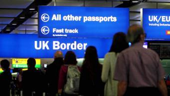 Великобритания после Брекзита оставит открытой дверь для неквалифицированных мигрантов из ЕС