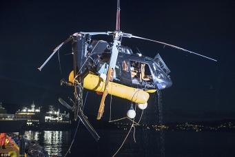 Британский вертолет разбился при попытке посадки на палубу яхты в Норвегии