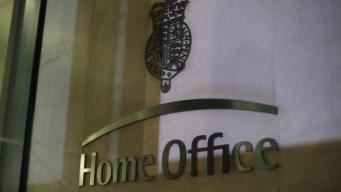 МВД Великобритании намерено депортировать женщину в коме
