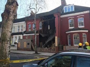 В Хэмпстеде неожиданно обрушился дом