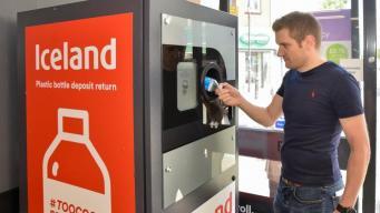В супермаркетах Iceland подвели итог пилотной схемы утилизации пластиковых бутылок