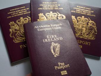 Жители Северной Ирландии сохранят гражданство Евросоюза после Брекзита фото: independent