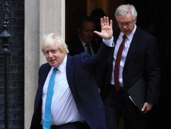 Руководство Евросоюза  отреагировало на правительственный кризис в Великобритании
