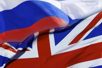 Британское СМИ обвинило Запад в безумстве