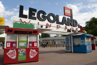 Полисмены обнаружили плантацию конопли в парке Legoland Windsor фото:standard.co.uk