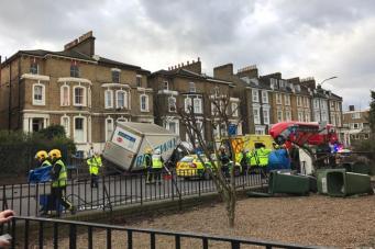 Число жертв шторма Дорис увеличилось до двух человек фото:standard.co.uk