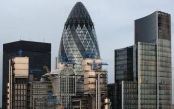Угроза теракта: Улицы перекрыты у небоскреба Gherkin