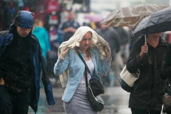 Лондон накроет затяжным дождем фото:standard.co.uk