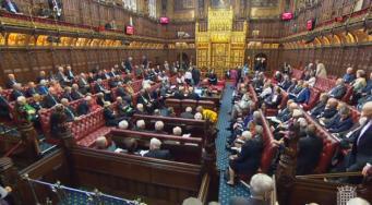 Депутаты поддержали петицию о роспуске Палаты лордов