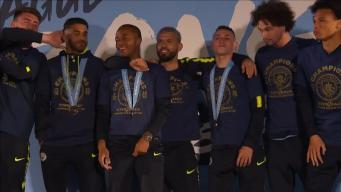 Футбольный клуб Manchester City стал победителем  Премьер-Лиги
