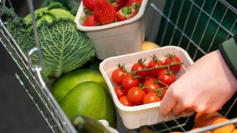 Marks & Spencer отказывается от пластиковой упаковки для овощей и фруктов